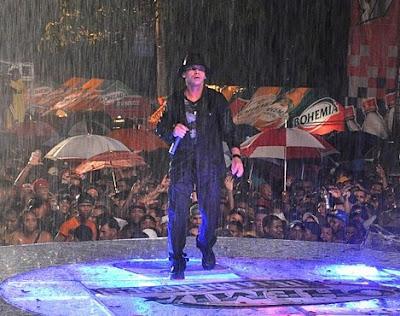 Foto de Vico C en el escenario