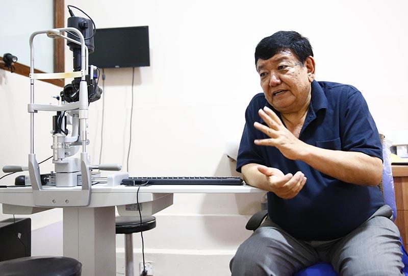 Dr Sanduk Ruit
