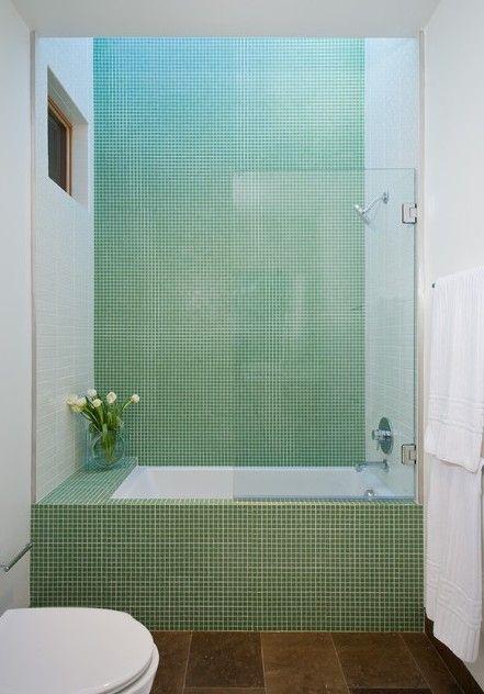 outro exemplo escolham um azulejo branco na minha opinio rectificado para grande maioria das paredes da vossa casa de banho e depois numa pastilha em