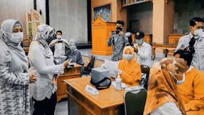 Pantau Pelaksanaan Vaksinasi di Lobar, Wagub NTB Minta Perhatikan Lansia