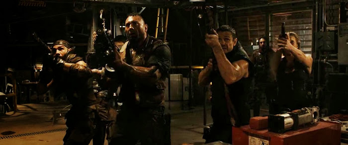 Screen Shot Of Hollywood Movie Riddick (2013) In Hindi English Full Movie Free Download And Watch Online at worldfree4u.com