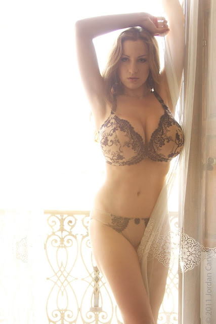 Jordan-Carver- Passionata-Beautiful-Photoshoot-Image-15