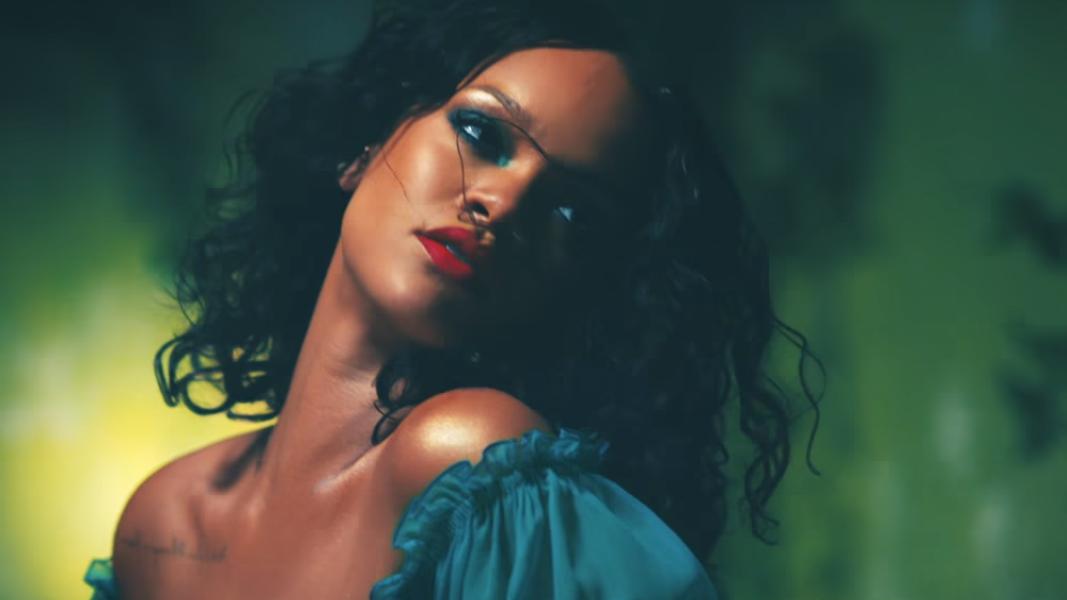 DJ Khaled acabou com a preguiça da Rihanna, e a gente agradece.