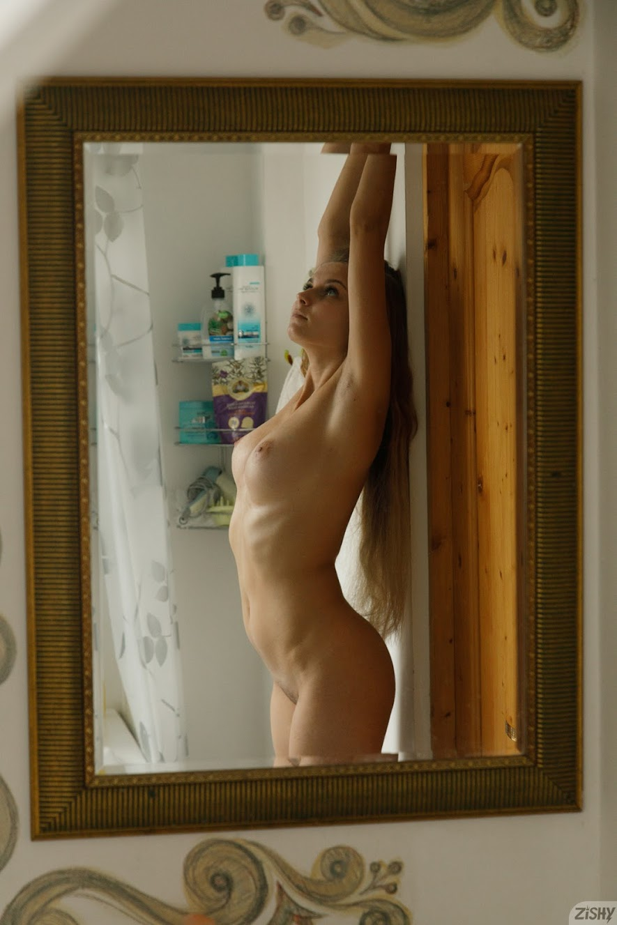 [Zishy] Ulyana Orsk - Half The Population sexy girls image jav