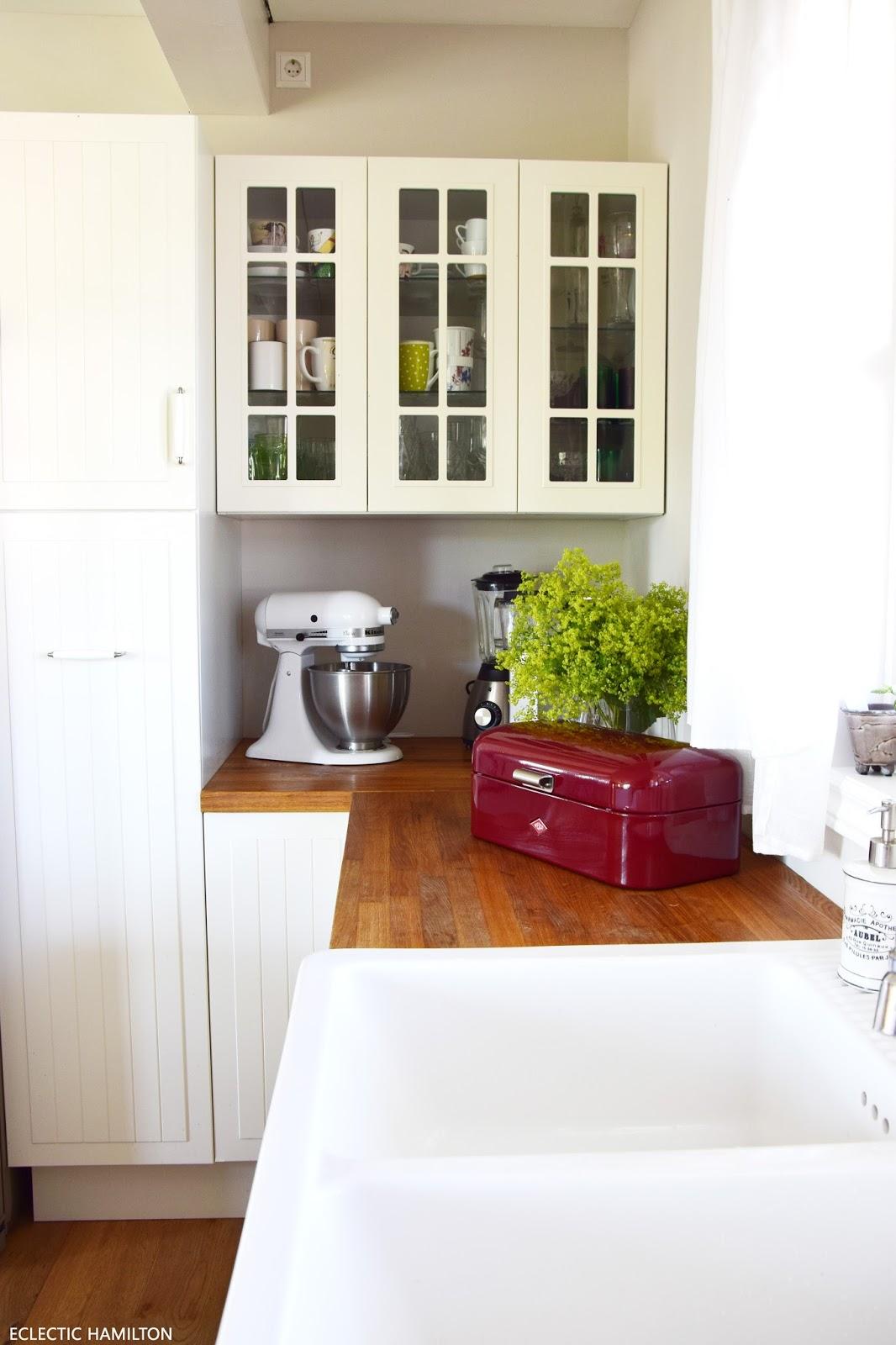 Küche: Deko und Ideen zur Gestaltung mit Farbe: Colorful Living mit Kühchen Accessoires, WESCO
