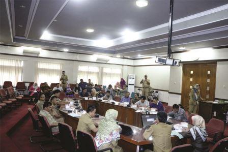http://www.rakyatsubang.com/2016/11/lokakarya-sosialisasi-program-dan.html