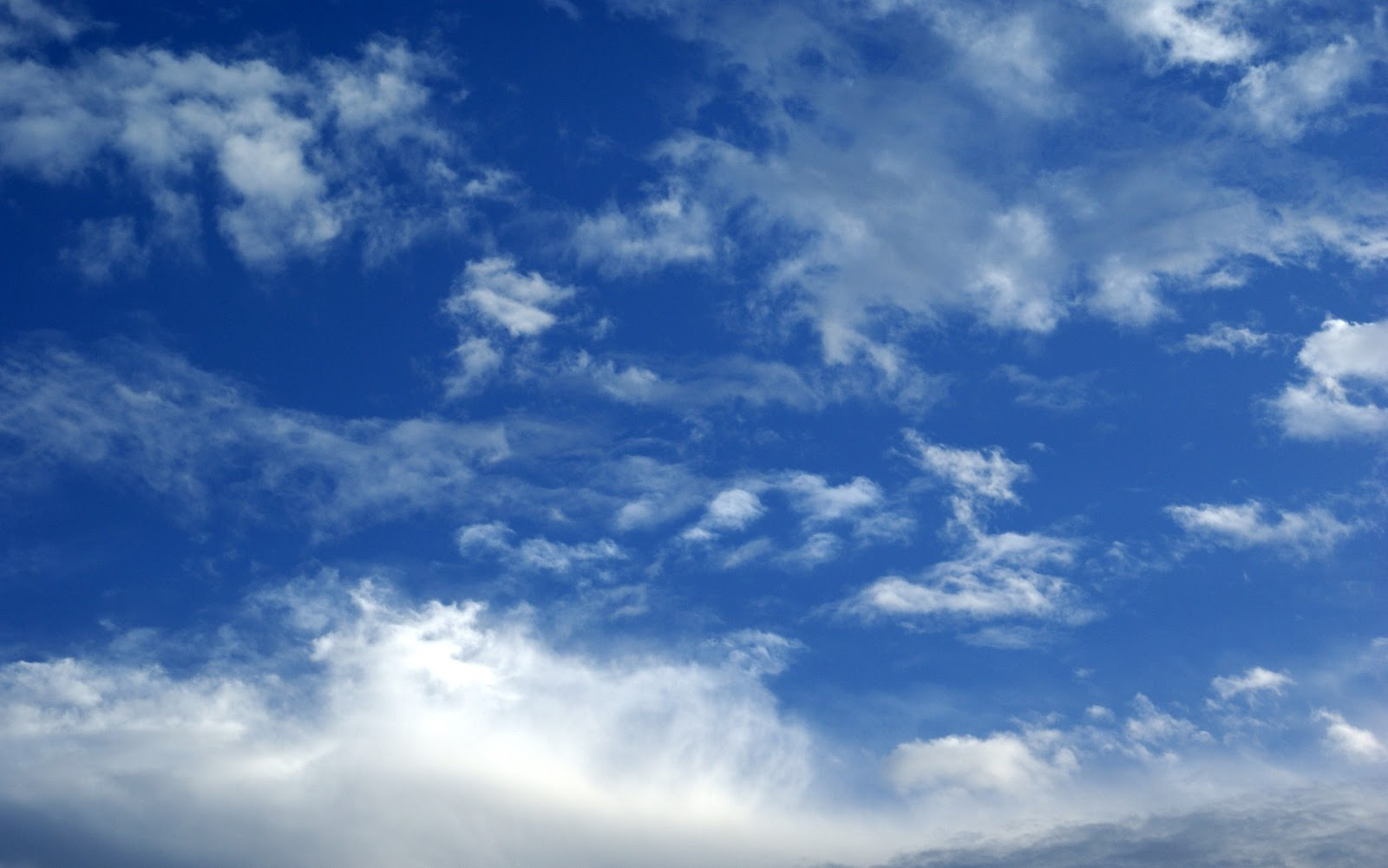Blue Sky Free Stock Photos | Pictures In Stitches