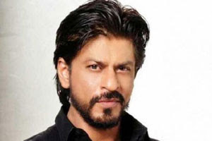 They-Want-Only-Unmarried-Heroines-SRK-Andhra-Talkies