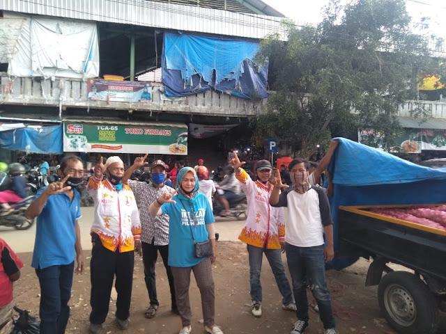 Tim relawan pasangan cawakot Bandar Lampung, Ike Edwin dan Dr Zam, sosialisasi ke beberapa pasar Kota Bandar Lampung