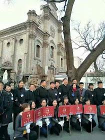 Xi Jinping exigiu implementar teorias religiosas 'achinesadas' sobre o socialismo.