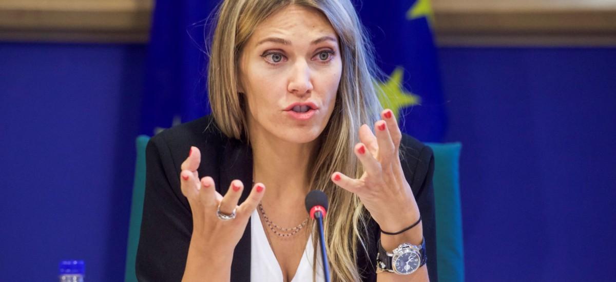 Άμεση ανταπόκριση του Ευρωπαίου Επιτρόπου Γεωργίας στο αίτημα της Εύας Καϊλή για ενίσχυση των Ελλήνων αγροτών με αύξηση προκαταβολών σε 70% και 85%