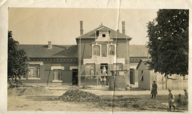 Mairie-Ecole à localiser