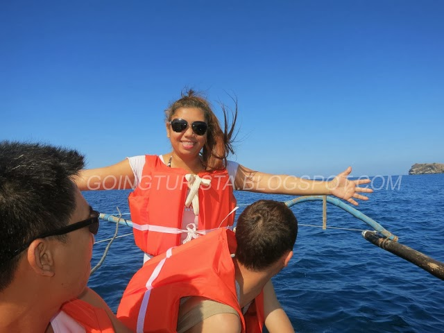 Island Hopping Pundaquit