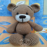 http://www.ravelry.com/patterns/library/tobi-bear