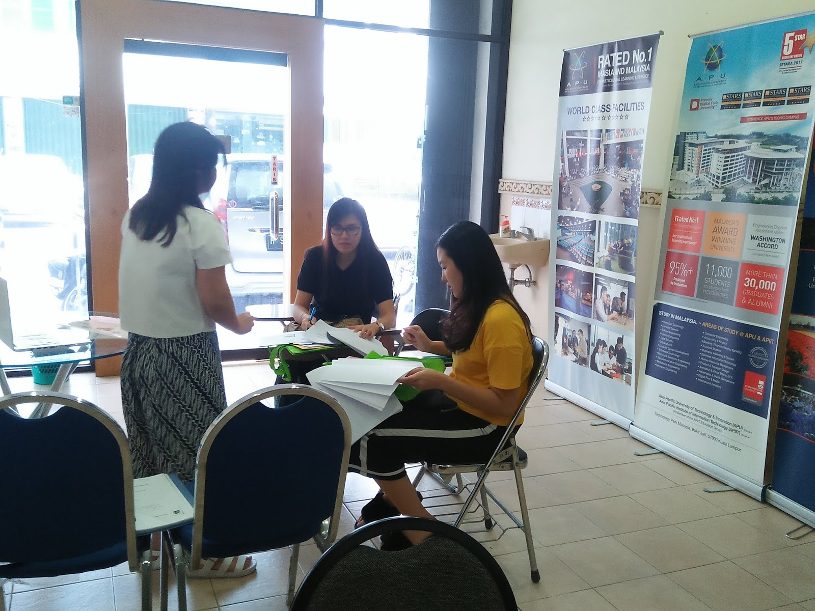 Free Konsultasi Program Study Luar Negeri | Educoach Indonesia