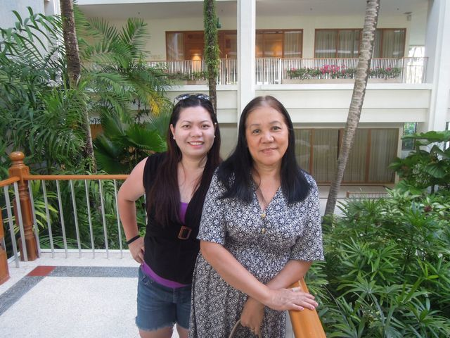 Taking a walk at Shangri-La's Mactan Resort and Spa
