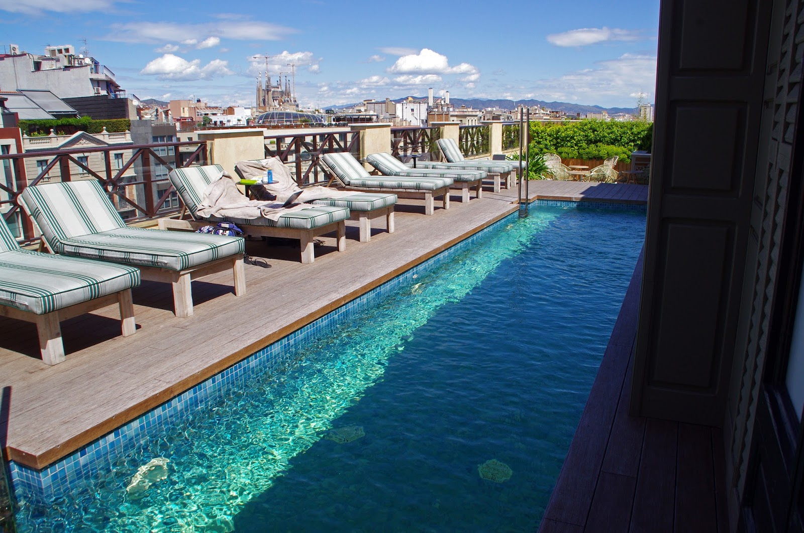 Cotton House Hotel Swiming Pool and Rooftop