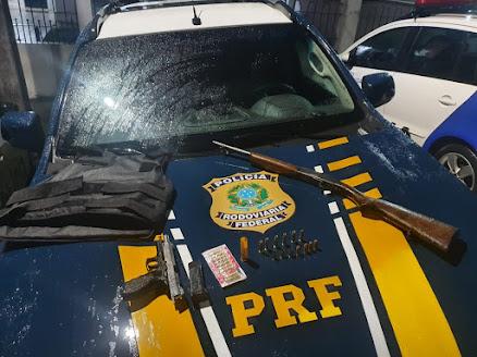Integrantes de quadrilha envolvida em roubo a bancos são presos após troca de tiros com a PRF,  em Águas Belas