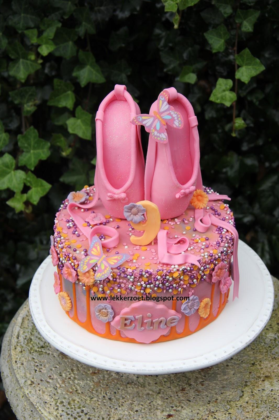 Kroontje met Bloemen Taart   Taart, Cakes, Fondant