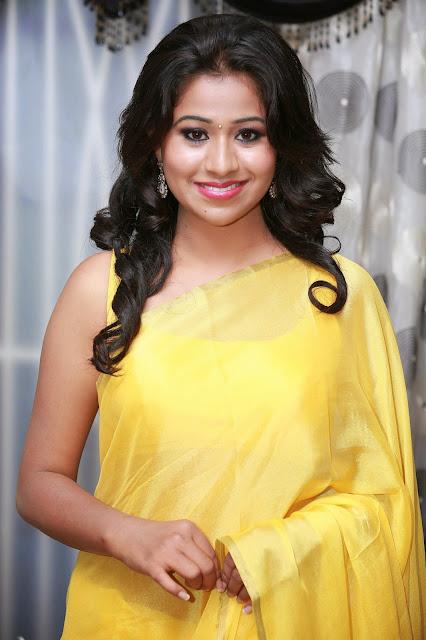 Actress Manali Rathod Cute Pics In Yellow Saree Navel Queens