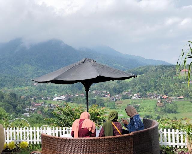 Jungle Cafe Trawas Mojokerto