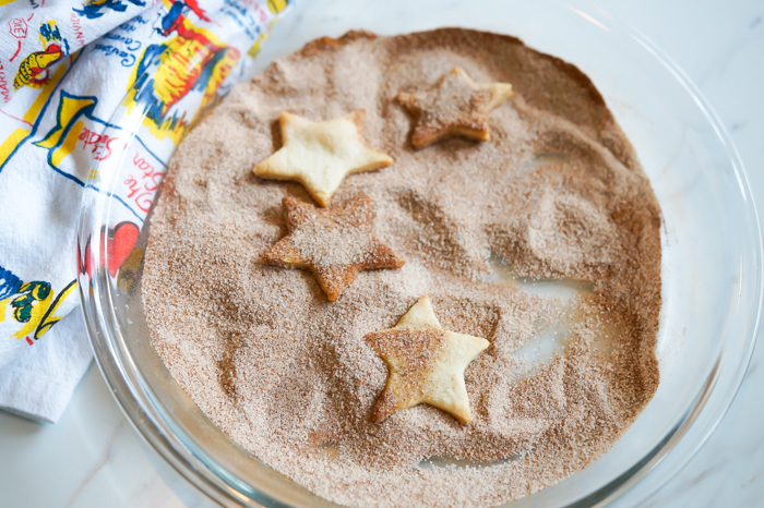 Cinnamon Sugar Chips : 4 Uses for Pie Dough other than pie! | bakeat350.net