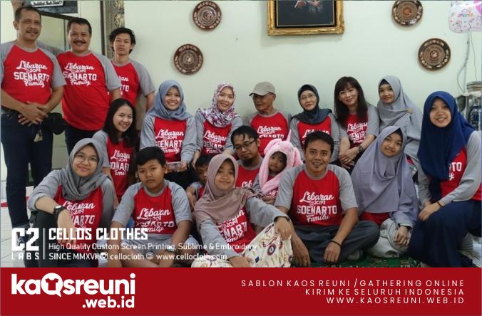 Sablon Kaos Family Reunion Raglan Abu Merah 3/4 - Kaos Reuni