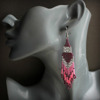 купить стильные длинные серьги из бисера розовые украшения