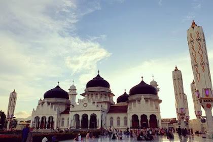 Sekilas Sejarah Masjid Raya Baiturrahman Banda Aceh