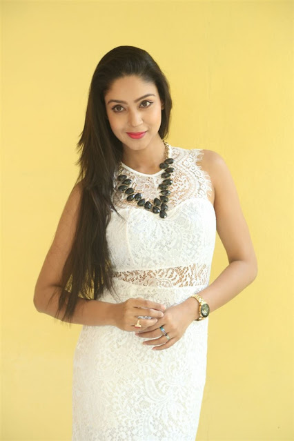 Actress Angana Roy Latest Photos in White Dress Navel Queens