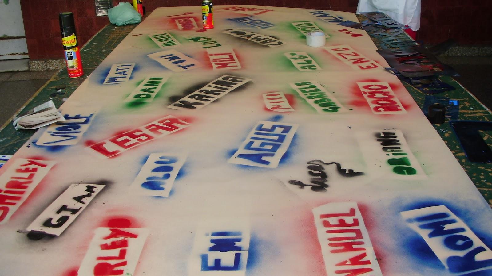 Biblioteca de la escuela 9 de 5 el rinc n del saber for Banderas decorativas para jardin