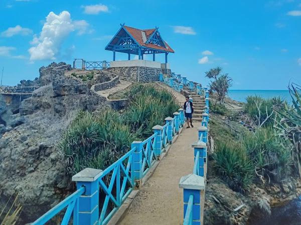Harga Tiket Masuk Lokasi Pantai Kukup Beach Jogja Gunung Kidul Lokasi Tiket Masuk Fasilitas Wisata Terbaru 2020