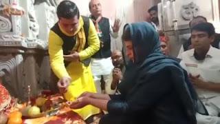 कांग्रेस महासचिव प्रियंका गांधी ने माता शाकम्बरी के दर्शन कर  किया किसान पंचायत का आगाज
