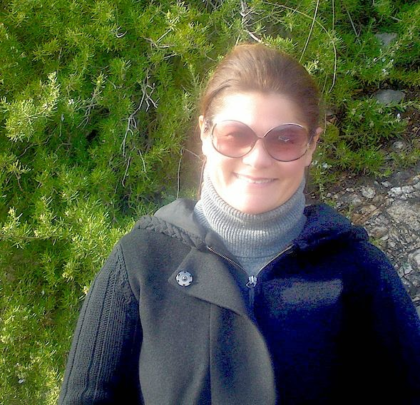 Enza Volpe, your hostess and tour guide in Gaeta, Italy