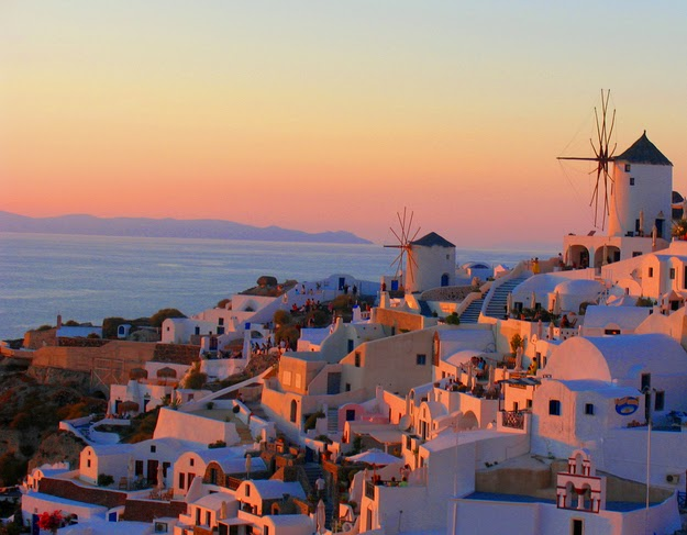 38. Yes, yes, that famous sunset from the village Oia on the island of Santorini (Thira) is OK too. (Good luck finding a free place to stand or sit.) - 49 Reasons To Love Hellas (Greece)