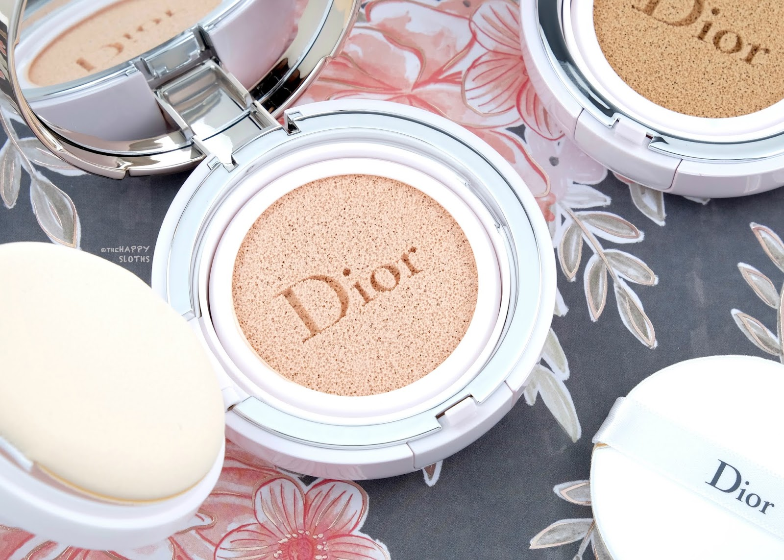 """Dior   Capture Dreamskin Fresh & Perfect Cushion in """"000 Non-Tinted"""": Review and Swatches"""