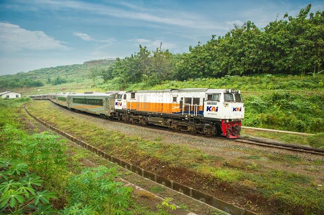 Kereta Api Banyuwangi, Jadwal Kereta Api Banyuwangi - Jember