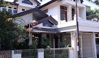 Rumah Ariel Noah di Bandung