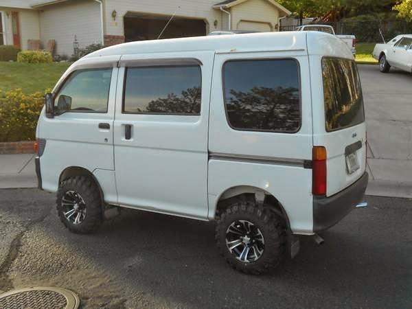 1998 Daihatsu Hijet 4x4 Micro Van