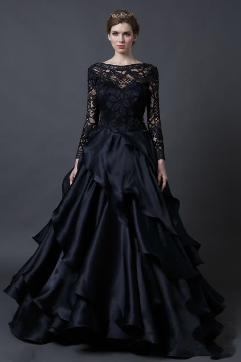 Hunt for Black Wedding Gowns, Canada | bridal fashion trend