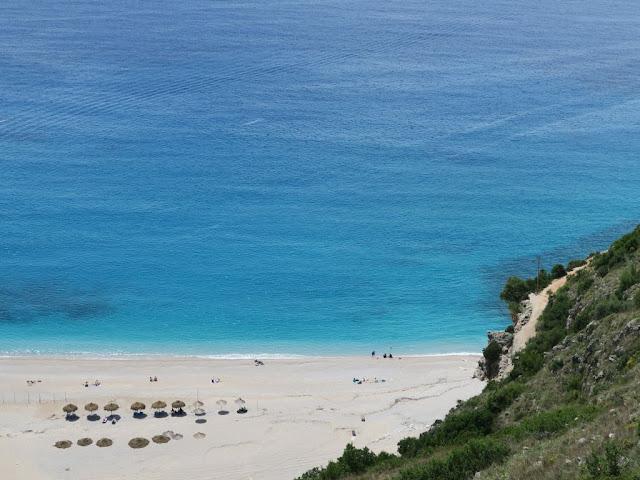 Plaże w Albanii. Gjipe Beach.