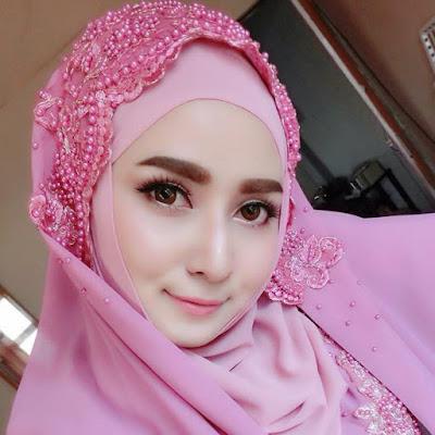 Mencegah Rambut Rontok Wanita Berjilbab