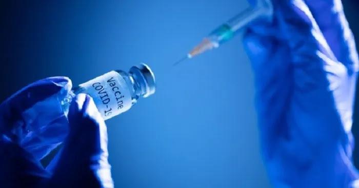 Βέλγος ιολόγος: «Οι μαζικοί εμβολιασμοί εν μέσω πανδημίας δημιουργούν πλειάδα μεταλλάξεων» (βίντεο)