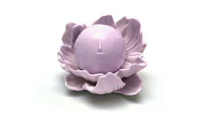Moonflower Lavender Soft Vinyl Figure by Yoskay Yamamoto x Munky King – A Designer Con 2020 Pre-Order Exclusive