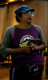 Kang Dudi Iskandar menjelaskan tentang cara membuat video
