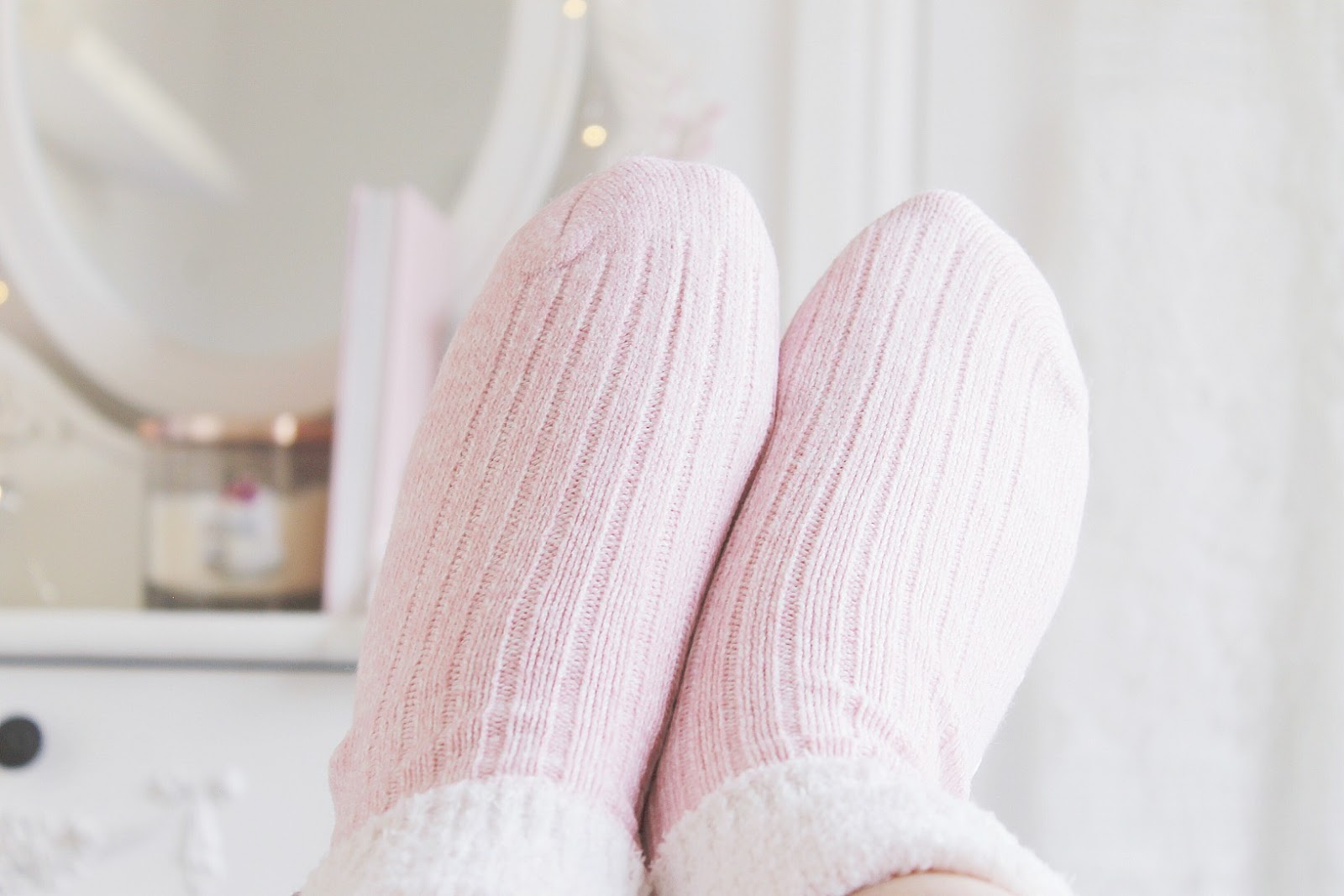 Girly hygge pamper routine ideas