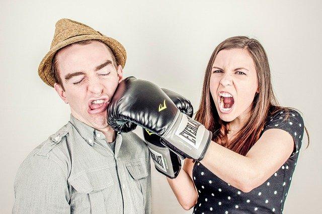 Adalah wajar bertengkar dengan pasangan