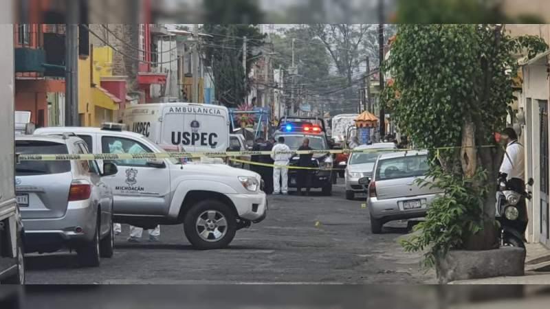 Ejecutan a 2 personas y a una mas la dejan herida en la colonia Morelos de Morelia, Michoacán