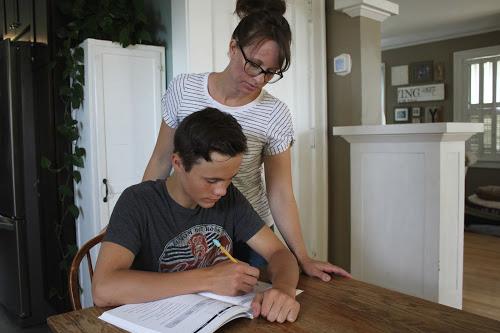 mom and teen homeschooling