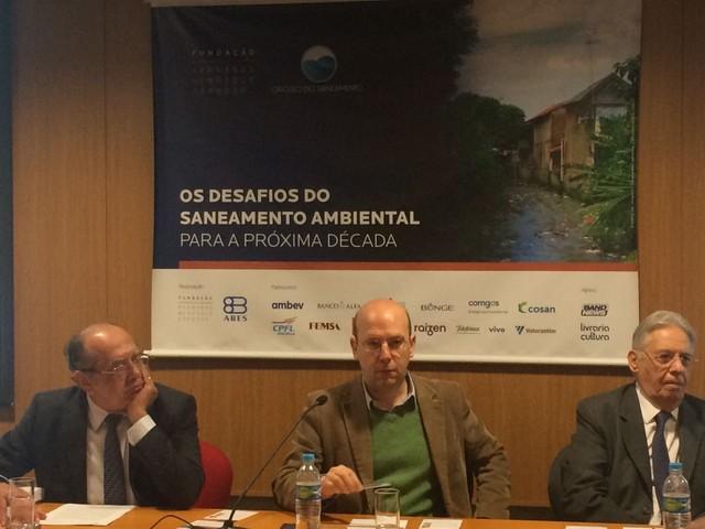 Gilmar Mendes diz que não sente 'constrangimento' em assumir relatoria de inquérito sobre Aécio